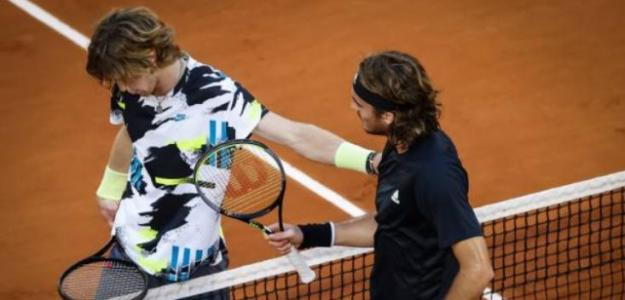 Andrey Rublev y Stefanos Tsitsipas. Foto: Getty Images