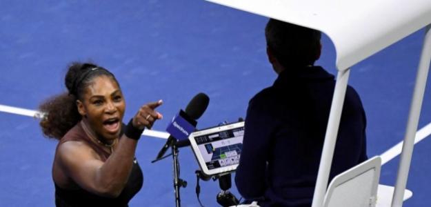 Serena Williams y Carlos Ramos, momento curioso del 2018. Foto: zimbio