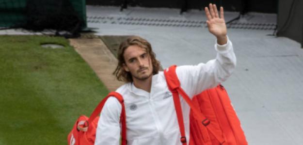 Tsitsipas se despidió en su debut en Wimbledon. Foto: Getty