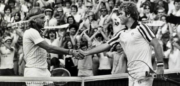 Björn Borg y Roscoe Tanner se dan la mano al finalizar el partido. Fuente: Getty
