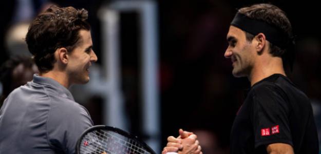 Dominic Thiem saluda a Federer anoche en Londres. Foto: Getty