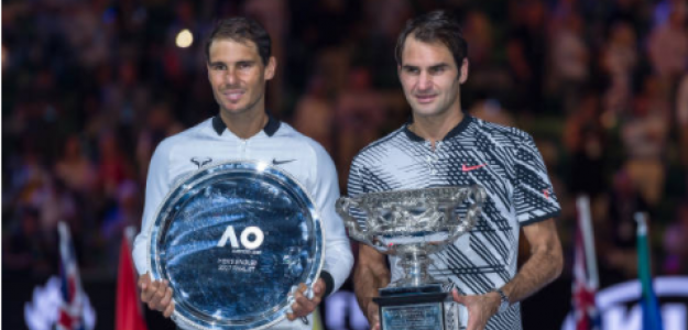Rafael Nadal y Roger Federer tras la final del Open de Australia 2017. Fuente: Getty