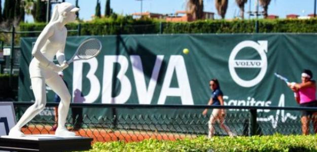 El trofeo de Valencia espera campeona. Fuente: Club de Tenis Valencia