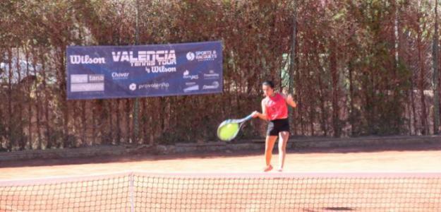 Un partido del Valencia Tennis Tour. Fuente: Punto de Break