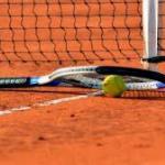Un entrenador de tenis es acusado de abusos sexuales a menores